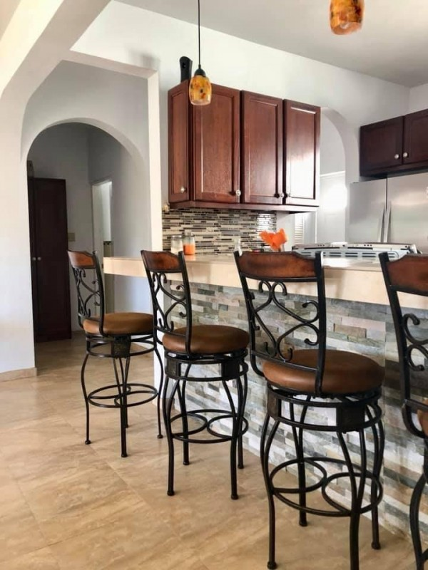 MLS#H10  HORSE PATH 2 BEDROOM, 2 BATHROOM  FULLY- FURNISHED